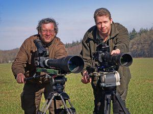 Tierfilmer Jens Klingebiel (rechts) und Robin Jähne (links)